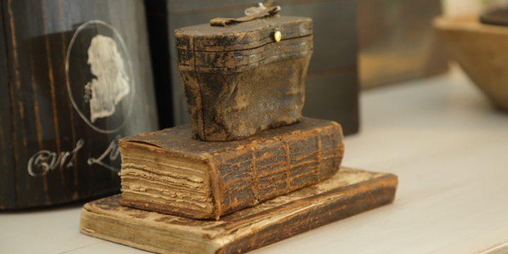 Kokkolassa kannattaa vierailla antiikkiliikkeessä:Uutta vanhaa