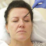 kulmakarvojen kestopigmentointi